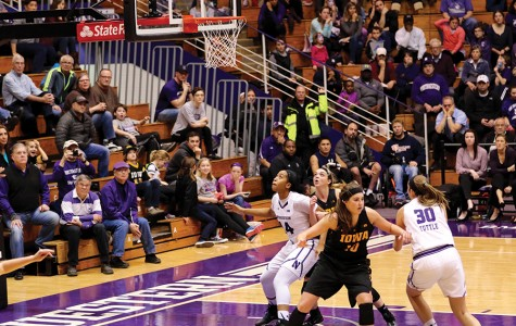 Women's Basketball: Wildcats close out regular season with loss to Nebraska