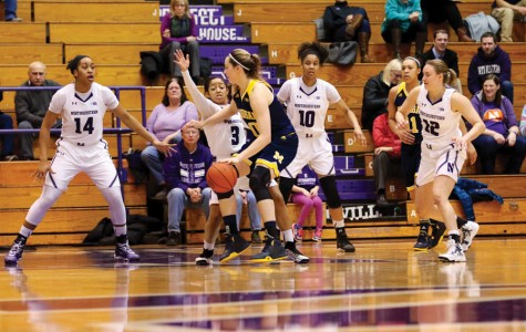 Women's Basketball: Michigan's Thome overwhelms Northwestern inside in defeat