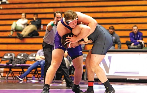 Wrestling: Wildcats win for first time since November in Senior Night thriller