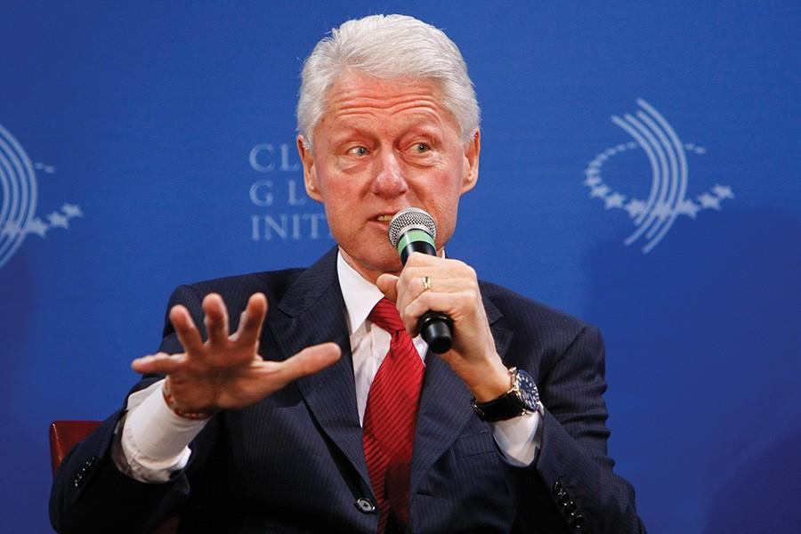 Former+President+Bill+Clinton+hosts+a+Clinton+Global+Initiative+infrastructure+meeting+at+city+hall+in+Los+Angeles+on+Thursday%2C+April+3%2C+2014.+Clinton%27s+initiative+calls+for+him+to+meet+with+municipal+leaders+to+discuss+infrastructure+issues.+Northwestern+students+were+invited+to+attend+the+Clinton+Global+Initiative+University%2C+an+annual+meeting+of+more+than+1%2C000+students+with+plans+for+action+in+their+college+campuses%2C+communities+or+around+the+world%2C+to+give+them+a+chance+to+network+and+fundraise.+