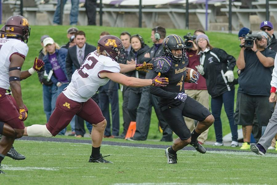 Solomon Vault navigates up the field. The sophomore is one of three Northwestern players transitioning to receiver next season in an effort to boost a thin corps of pass-catchers.