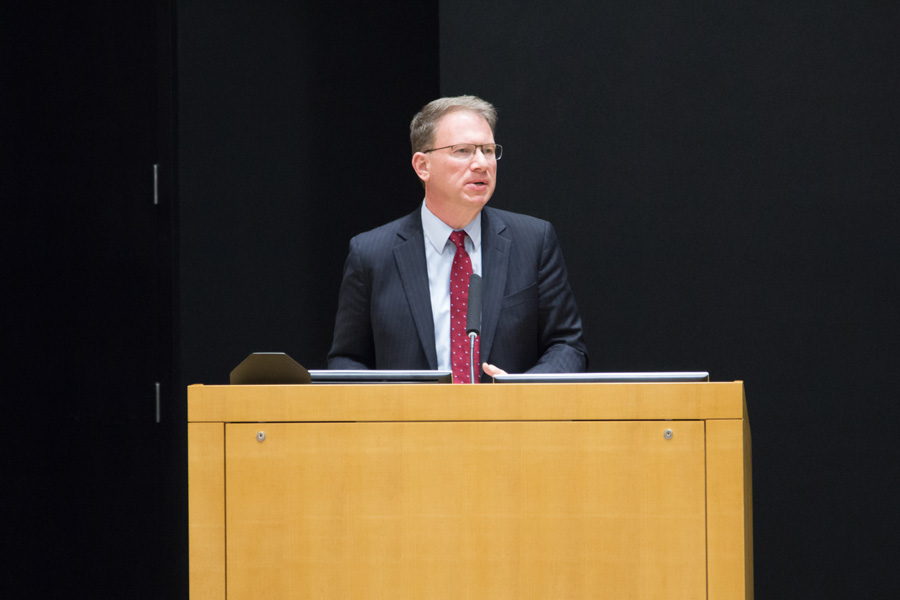 """Journalist Jeffrey Goldberg speaks at the McCormick Foundation Center on Thursday. Goldberg, who writes for The Atlantic, recently wrote """"The Obama Doctrine,"""" a 19,000-word profile of the president's foreign policy."""
