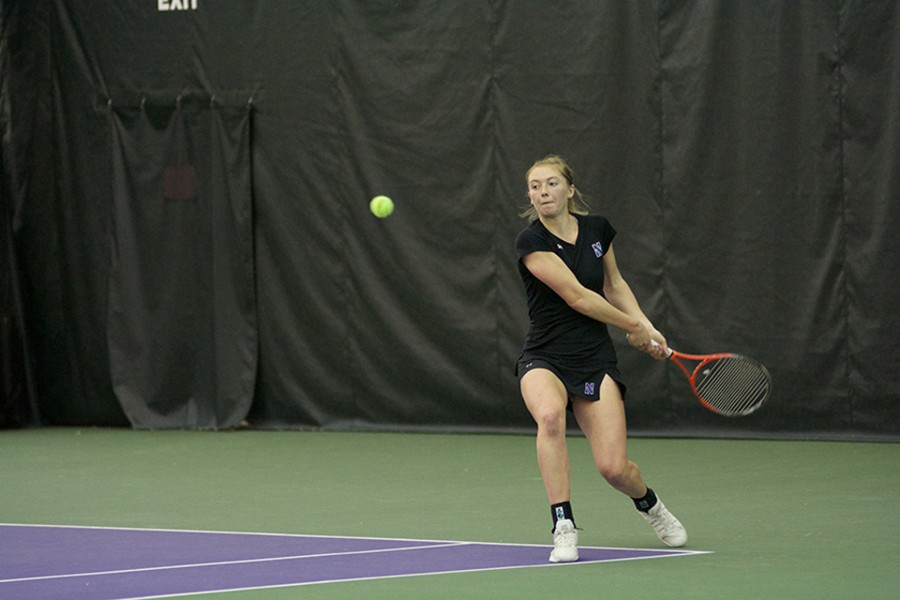 Alicia+Barnett+prepares+a+backhand+shot.+After+beginning+the+season+on+a+sour+note%2C+the+Wildcats+have+gone+undefeated+in+Big+Ten+play.