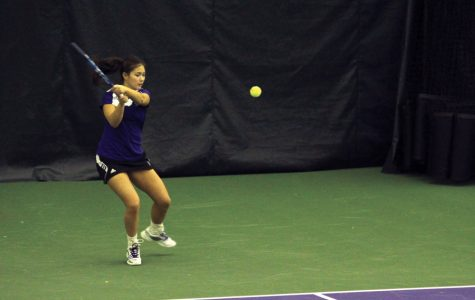 Women's Tennis: Ex-Wildcat Nida Hamilton returns to Evanston as coach, bonds with current players