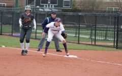 Softball: Northwestern rises to the challenge, sweeps Purdue to finish .500