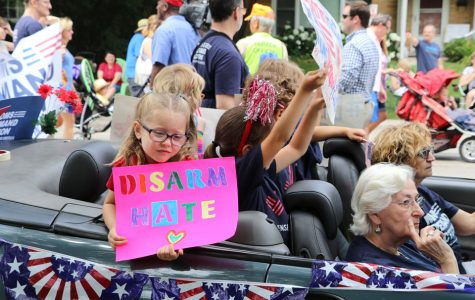 Moms Demand Action for Gun Sense in America brings float to Fourth of July parade to increase visibility