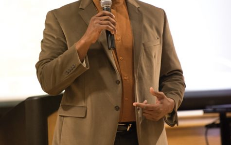 Diversity consultant Gilo Kwesi Logan speaks during a discussion in February. Logan was among five panelists who discussed the importance of history as it pertains to the future of the Evanston black community Saturday night.