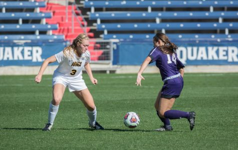 Women's Soccer: Wildcats suffer first loss to Rutgers, rebound against Maryland