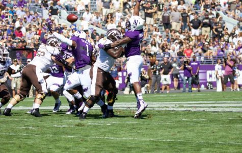 Football: Offensive, defensive lines critical to Northwestern's search for first win