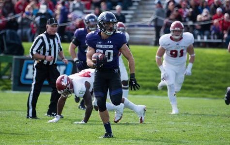 Football: Northwestern hangs on for 24-14 homecoming victory over Indiana
