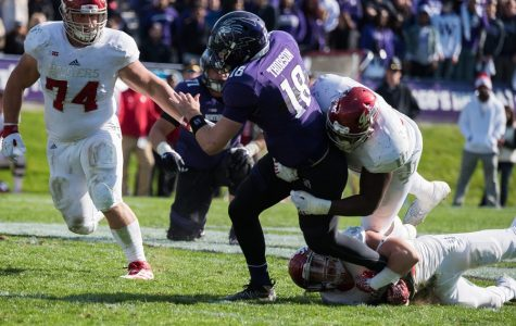 Football: Northwestern escapes with win despite second-half offensive slump