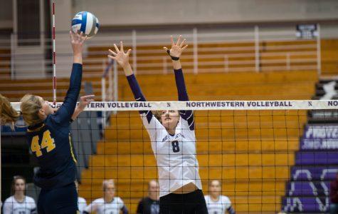 Volleyball: Still winless in Big Ten, Northwestern swept by Illinois