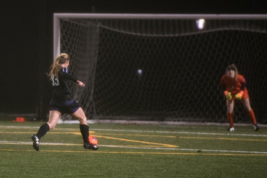 Grace Orndorff runs in on goal. The sophomore midfielder and Northwestern struggled to put away chances until an overtime goal gave the Wildcats a 1-0 win over Illinois on Wednesday.