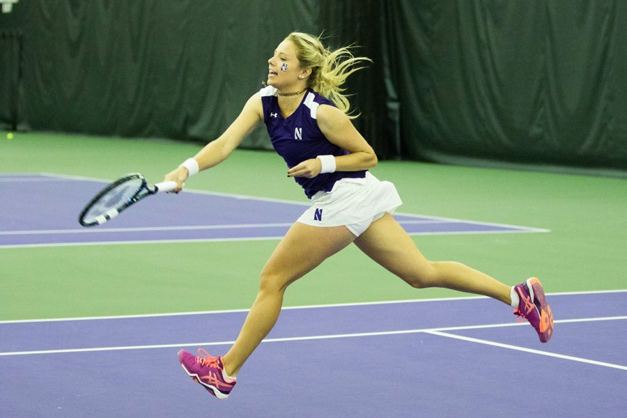 Alex+Chatt+reaches+after+the+ball.+The+junior+won+one+singles+match+at+the+ITA+Midwest+Regional+but+lost+her+second.
