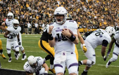 Football: Northwestern wins back-and-forth affair, holds on late to beat Iowa