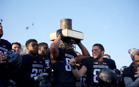 Football: Northwestern becomes bowl eligible with 42-21 rivalry win over Illinois