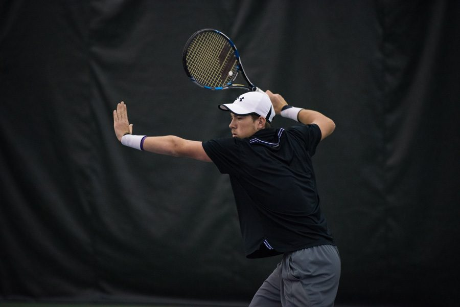 Strong+Kirchheimer+winds+up+for+a+forehand.+The+senior+lost+his+opening+match+at+the+ITA+National+Indoor+Championships.