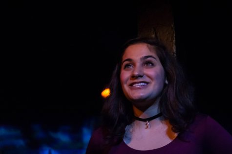 """Slam poetry, gender-bent cast rejuvenate classic """"Romeo and Juliet"""" story in WAVE Productions' fall show"""
