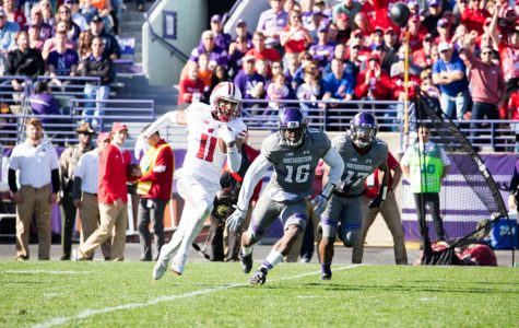 Football: Wildcats fall 21-7 to Wisconsin in second-straight top-10 defeat