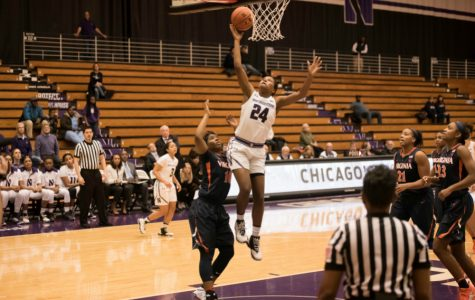 Women's Basketball: Northwestern pulls away in second half, downs Santa Clara 87-75