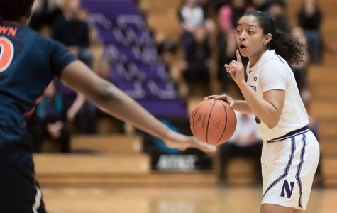 Women's Basketball: Northwestern takes care of Chicago State in easy home win
