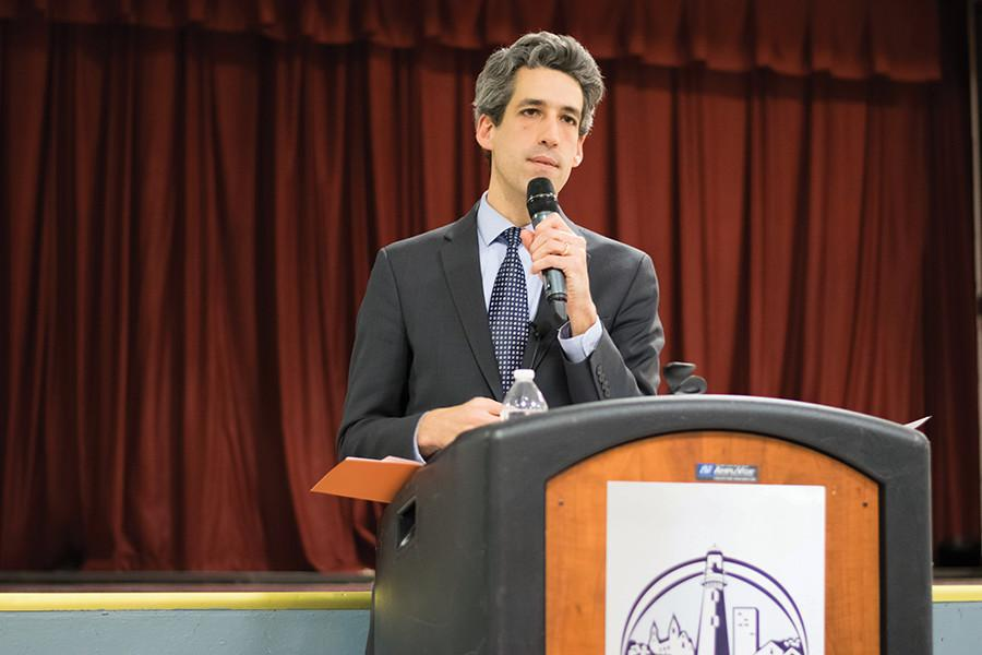 (Maytham Alzayer/The Daily Northwestern) State Sen. Daniel Biss (D-Evanston) speaks at a town hall on Tuesday. Biss urged attendees to engage in politics.