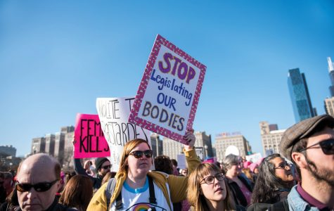 Demonstrators flood Chicago for Women's March, joining millions worldwide