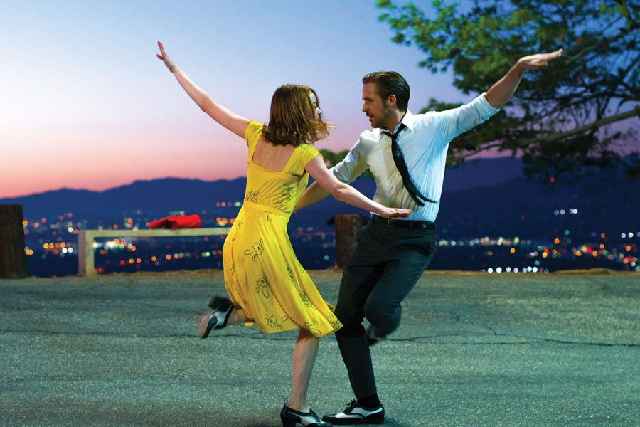 Ryan Gosling as Sebastian and Emma Stone as Mia in a scene from the movie
