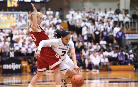 Women's Basketball: Wildcats fall flat in 80-54 loss to Michigan