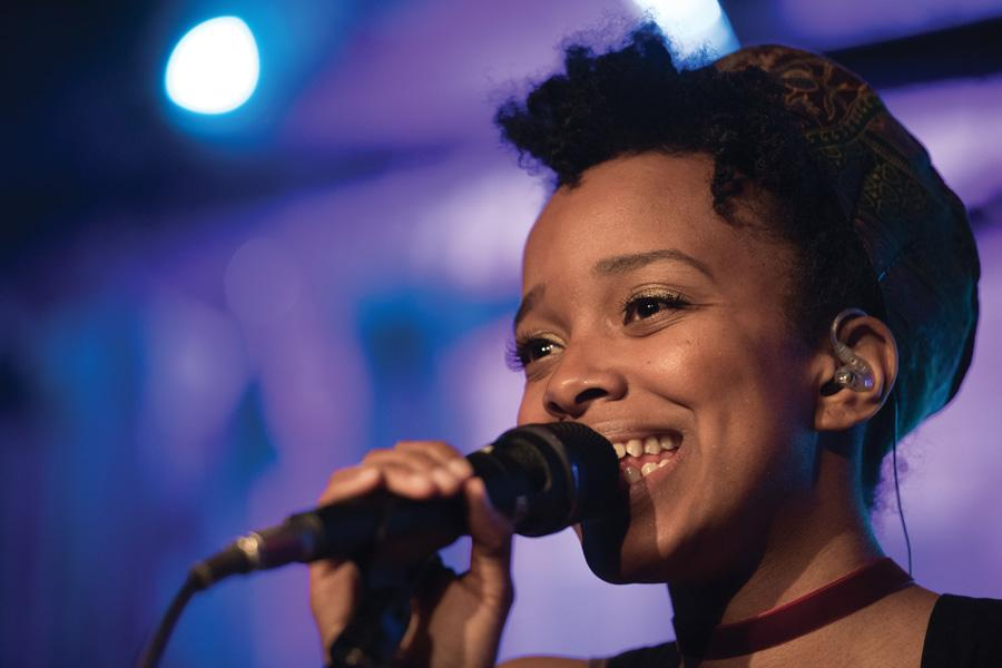 Chicago-based singer Jamila Woods performs at Thursday's A&O Chicago Benefit. The funds from the concert will be donated to AMASE.
