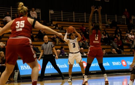 Women's Basketball: Northwestern routs Wisconsin at home