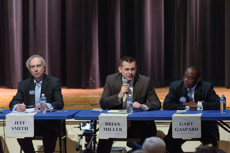 Ald.+Brian+Miller+%289th%29+speaks+at+a+forum+for+mayoral+candidates+Thursday+evening.+The+three+candidates+in+attendance+discussed+how+to+work+with+state+and+federal+officials+and+town-gown+relations+in+the+future+at+a+forum+Thursday+evening.