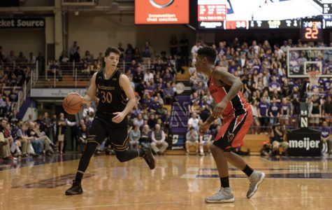 Men's Basketball: Northwestern falls to Illinois for second time in 2017