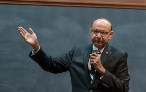 Khizr Khan urges students to stand together, uphold dignity during Trump presidency