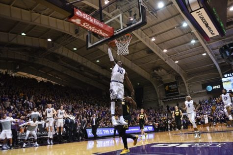 Men's Basketball: With Lindsey back in lineup, Cats seek revenge against Illinois