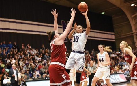 Women's Basketball: Northwestern comfortably handles Illinois on Senior Day to halt four-game skid