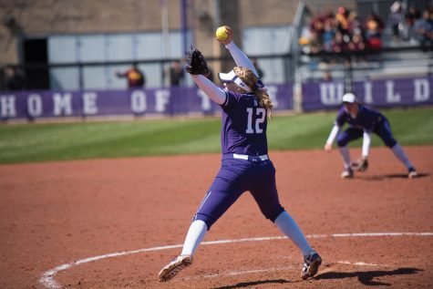 Softball: Wildcats fall to ranked opponents at Big Ten-ACC Challenge