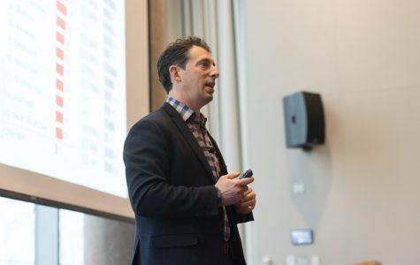 Author Eric Klinenberg discusses climate change at event