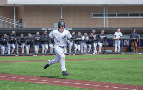 Baseball: Northwestern looks for rebound against Milwaukee