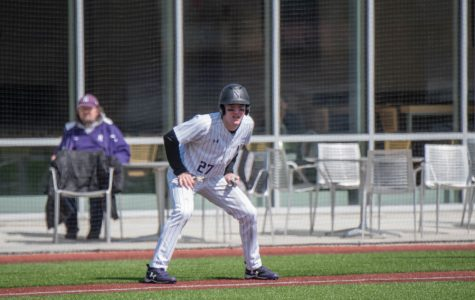 Baseball: Wildcats drop crucial series to Michigan State in blowout fashion