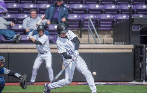 Baseball: Consistency on both ends gives Northwestern win over Western Michigan