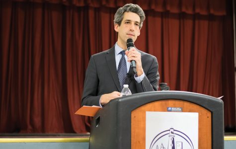 State Sen. Daniel Biss (D-Evanston) speaks at a town hall in January. Biss on Tuesday joined protesters at Northeastern Illinois University in demanding an end to the state's historic budget impasse.