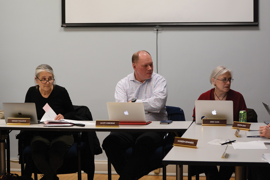 Members of Evanston's Environment Board speak at a meeting Thursday. Board members will assemble a task force to present city officials with information regarding alternative energy sources.