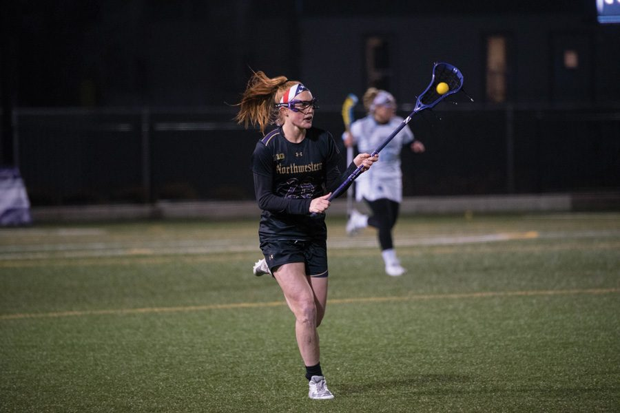 Claire+Quinn+brings+the+ball+up+the+field.+The+defender%2C+her+sophomore+teammates+and+the+Wildcats+are+seeking+a+win+Thursday+at+Ohio+State.