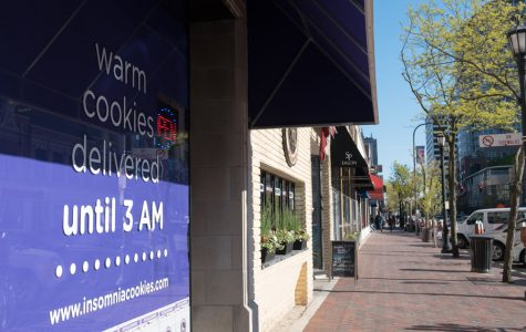 Insomnia Cookies begins baking in Evanston