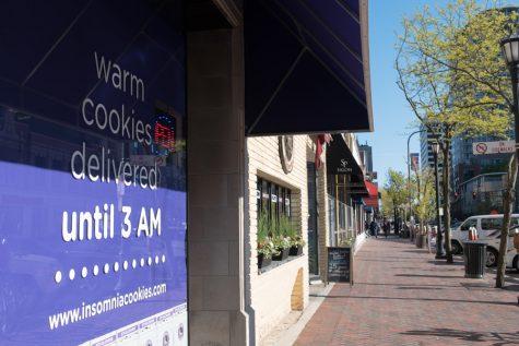 Insomnia Cookies begins baking in Evanston