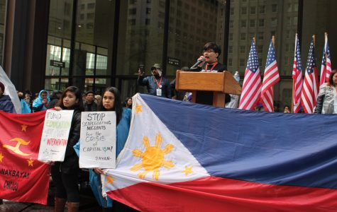 Thousands join Chicago May Day rally in support of immigrant rights