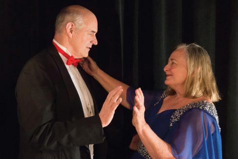 Piven Theatre premieres new play on long-distance, later-in-life love