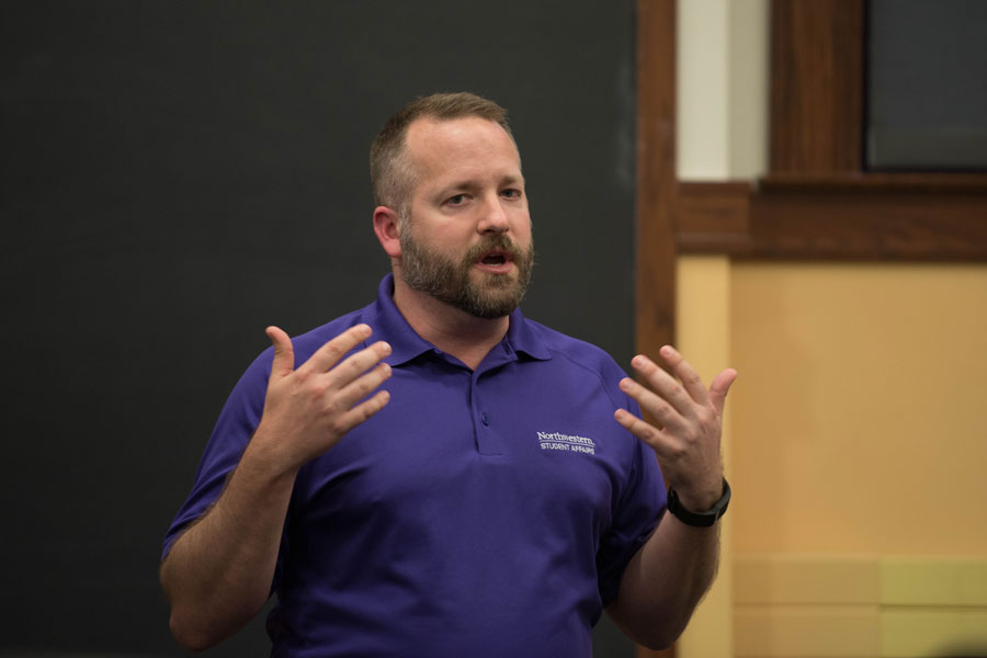 Brent+Turner%2C+executive+director+of+campus+life%2C+speaks+during+a+town+hall+hosted+by+Associated+Student+Government+in+Harris+Hall+on+Wednesday.+Turner+moderated+a+discussion+with+students+about+Northwestern%E2%80%99s+alcohol+event+registration+policy.