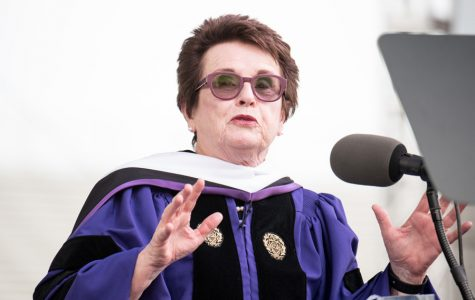 Billie Jean King tells graduates to 'give to life' in commencement speech